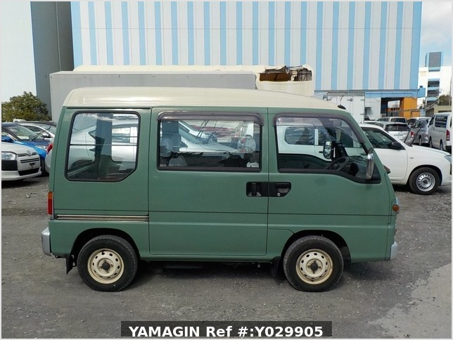 It is a picture of the green 2 subaru sambar dias passenger van in 1995,Sub Photo 5 Stock No.Y029905