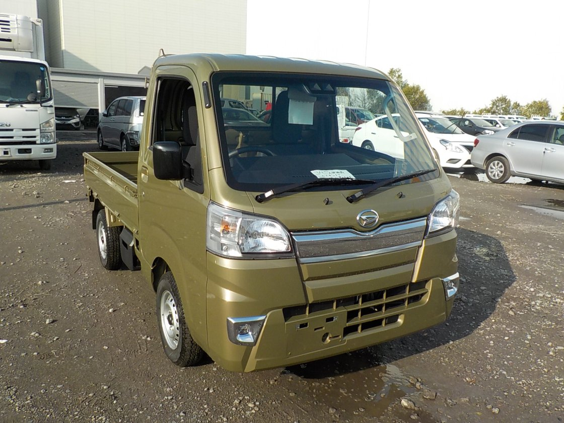 It is a picture of the khaki daihatsu hijet truck in 2019,First Photo Stock No.Y029906