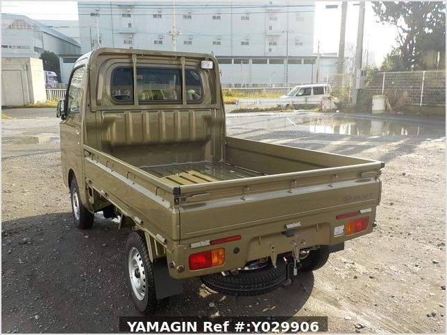 It is a picture of the khaki daihatsu hijet truck in 2019,Sub Photo 3 Stock No.Y029906