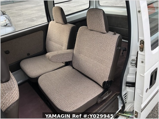 It is a picture of the white honda street passenger van in 1991,Sub Photo 7 Stock No.Y029945