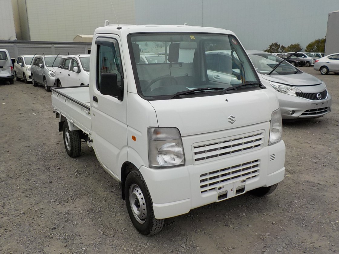 It is a picture of the white suzuki carry truck in 2011,First Photo Stock No.Y029947