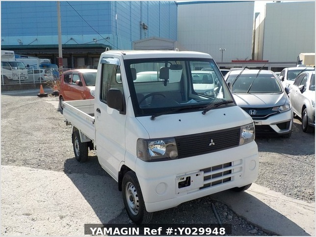 It is a picture of the white mitsubishi minicab truck in 2002,Sub Photo 0 Stock No.Y029948