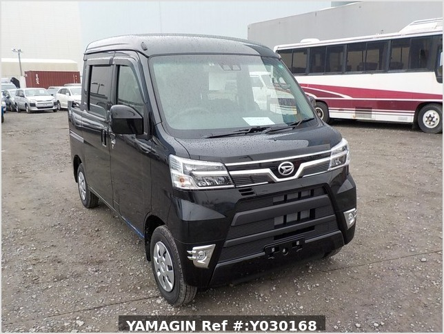 It is a picture of the black daihatsu hijet deck van in 2020,Sub Photo 0 Stock No.Y030168