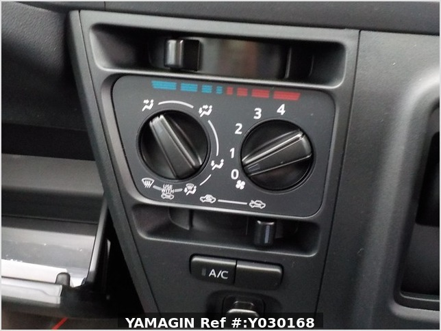 It is a picture of the black daihatsu hijet deck van in 2020,Sub Photo 10 Stock No.Y030168