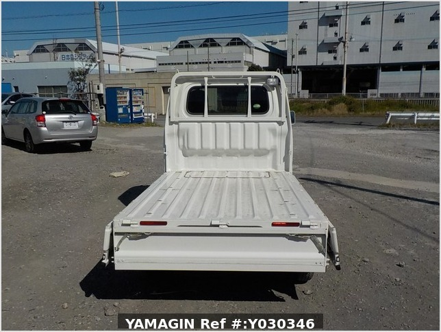 It is a picture of the white daihatsu hijet truck in 2017,Sub Photo 4 Stock No.Y030346