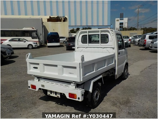 It is a picture of the white suzuki carry dump in 2007,Sub Photo 4 Stock No.Y030447