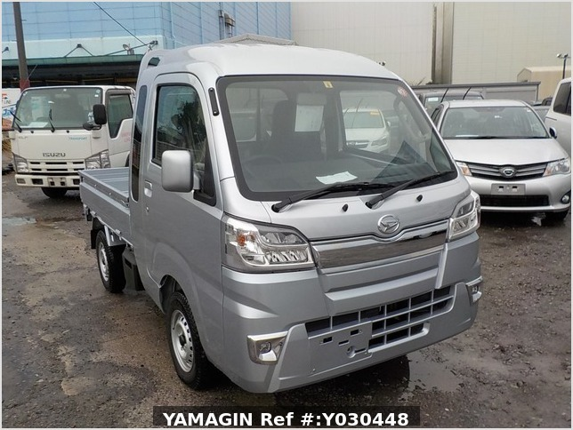 It is a picture of the silver daihatsu hijet jumbo in 2019,Sub Photo 0 Stock No.Y030448