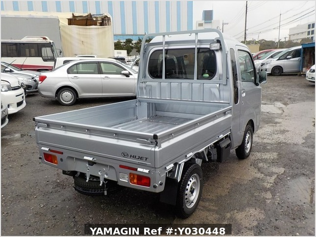 It is a picture of the silver daihatsu hijet jumbo in 2019,Sub Photo 2 Stock No.Y030448