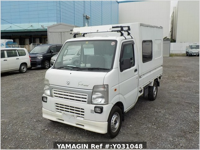 It is a picture of the white suzuki carry truck in 2012,Sub Photo 1 Stock No.Y031048