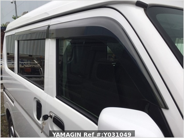 It is a picture of the white suzuki every passenger van in 2019,Sub Photo 15 Stock No.Y031049
