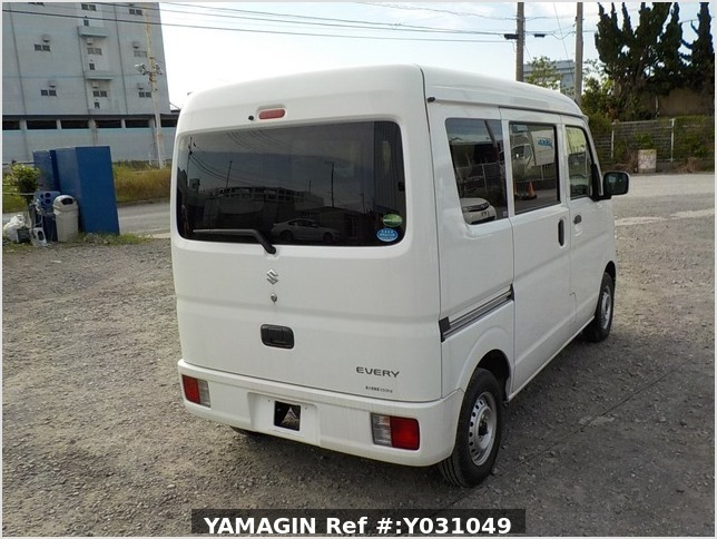 It is a picture of the white suzuki every passenger van in 2019,Sub Photo 2 Stock No.Y031049