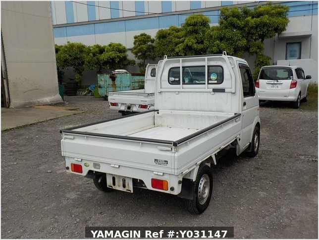 It is a picture of the white suzuki carry truck in 2008,Sub Photo 2 Stock No.Y031147