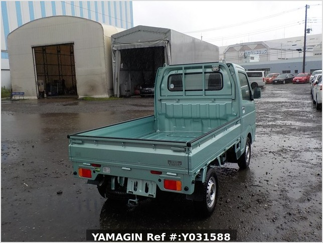 It is a picture of the green suzuki carry truck in 2019,Sub Photo 2 Stock No.Y031588