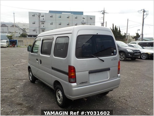 It is a picture of the silver suzuki every passenger van in 2004,Sub Photo 3 Stock No.Y031602