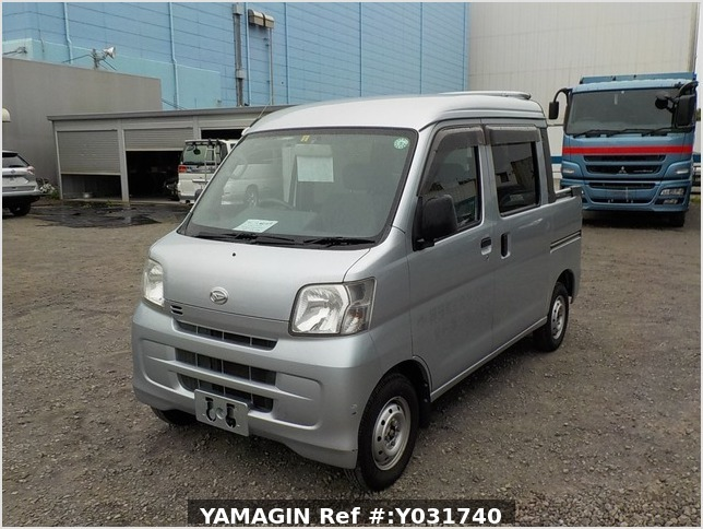 It is a picture of the silver daihatsu hijet deck van in 2011,Sub Photo 1 Stock No.Y031740