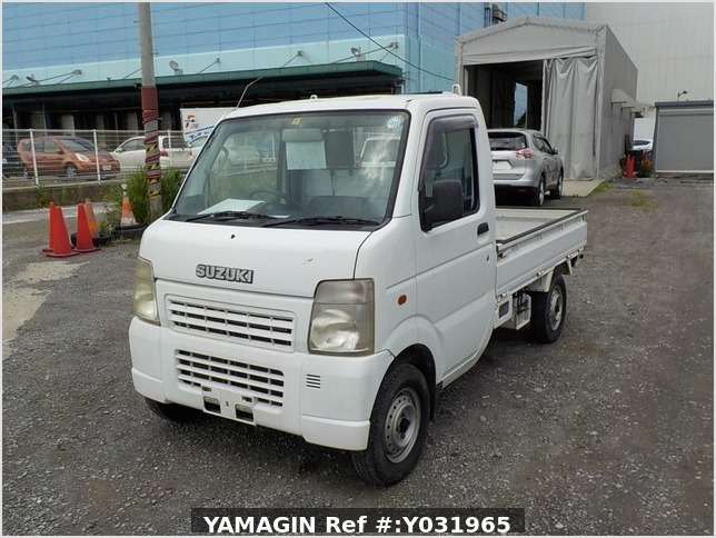It is a picture of the white suzuki carry  truck in 2002,Sub Photo 1 Stock No.Y031965