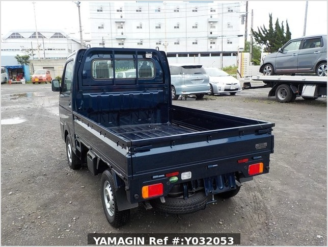 It is a picture of the blue suzuki carry truck in 2019,Sub Photo 3 Stock No.Y032053