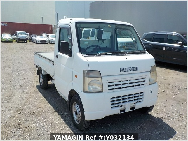 It is a picture of the white suzuki carry truck in 2006,Sub Photo 0 Stock No.Y032134