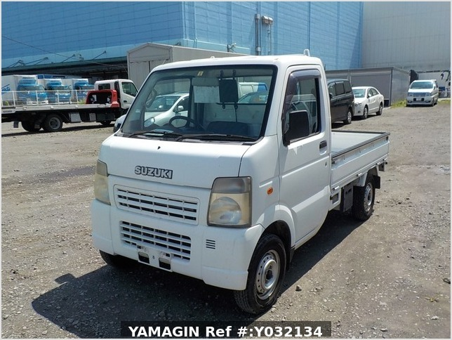It is a picture of the white suzuki carry truck in 2006,Sub Photo 1 Stock No.Y032134