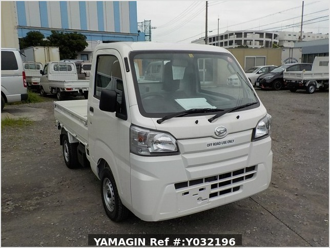 It is a picture of the white daihatsu hijet truck in 2019,Sub Photo 0 Stock No.Y032196