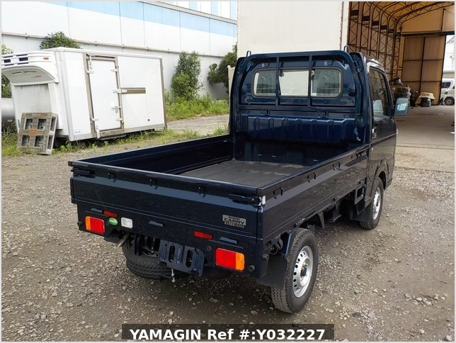It is a picture of the navy blue suzuki carry truck in 2019,Sub Photo 2 Stock No.Y032227