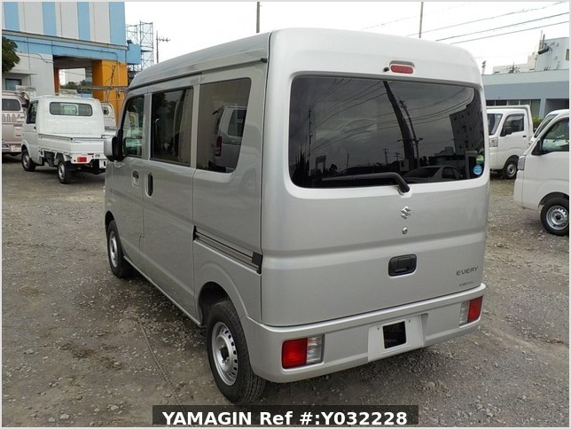 It is a picture of the silver suzuki every passenger van in 2019,Sub Photo 2 Stock No.Y032228