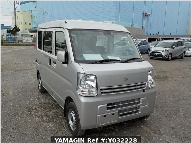 It is a picture of the silver suzuki every passenger van in 2019,Sub Photo 0 Stock No.Y032228