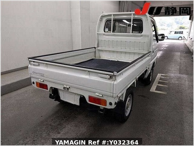 It is a picture of the white suzuki carry truck in 1994,Sub Photo 3 Stock No.Y032364