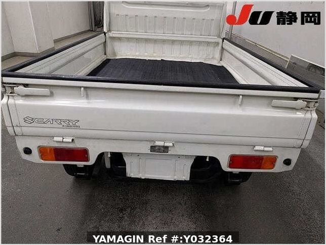 It is a picture of the white suzuki carry truck in 1994,Sub Photo 14 Stock No.Y032364