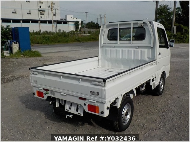 It is a picture of the white suzuki carry truck in 2020,Sub Photo 2 Stock No.Y032436