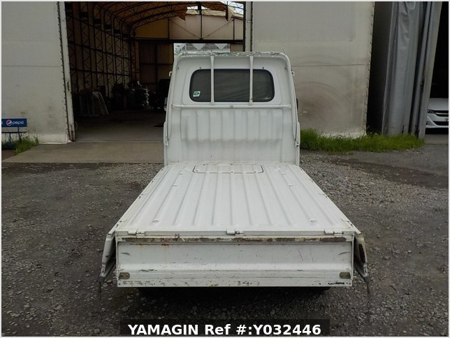 It is a picture of the white daihatsu hijet truck in 1998,Sub Photo 4 Stock No.Y032446