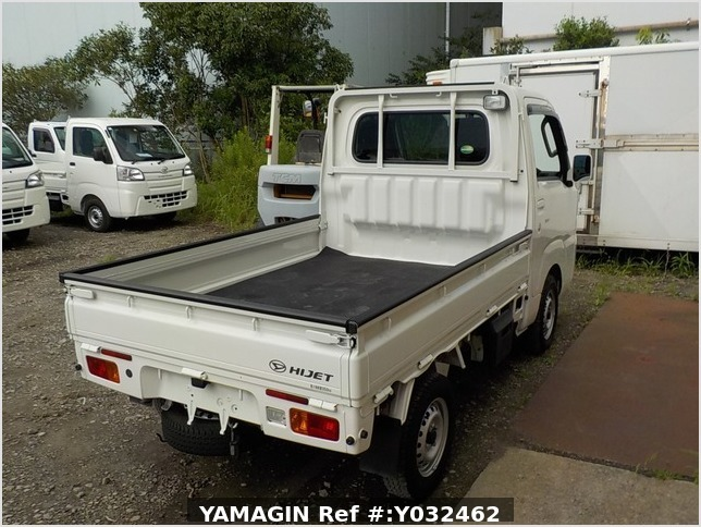 It is a picture of the white daihatsu hijet truck in 2018,Sub Photo 2 Stock No.Y032462