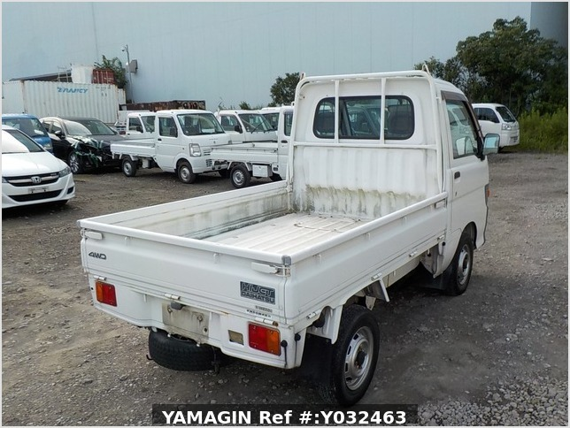 It is a picture of the white daihatsu hijet truck in 1998,Sub Photo 3 Stock No.Y032463
