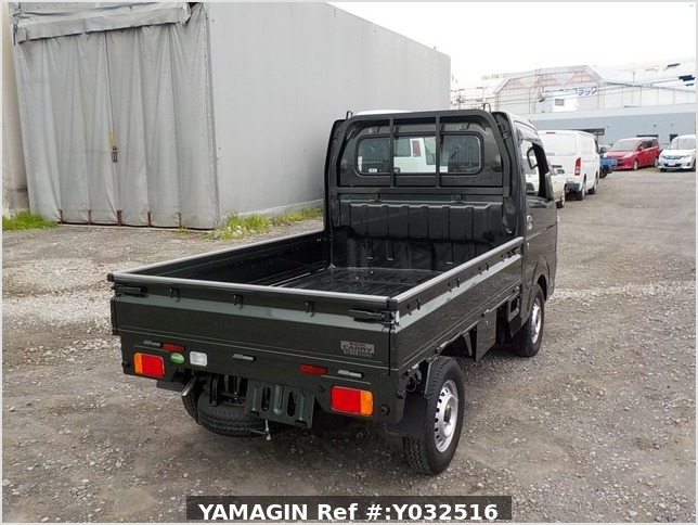 It is a picture of the green suzuki carry truck in 2019,Sub Photo 2 Stock No.Y032516