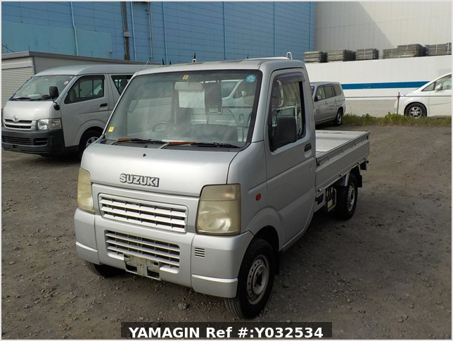 It is a picture of the silver suzuki carry truck in 2004,Sub Photo 1 Stock No.Y032534