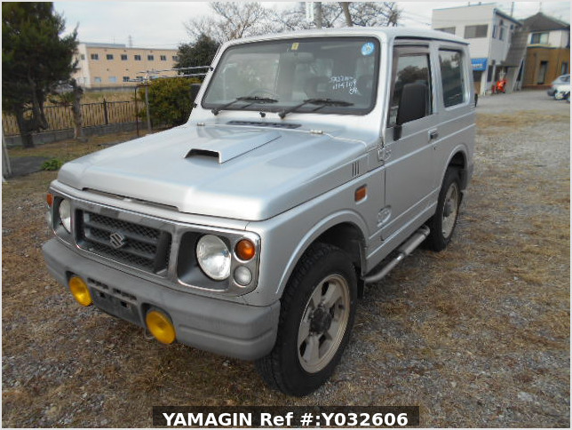 It is a picture of the silver suzuki jimny in 1996,Sub Photo 1 Stock No.Y032606