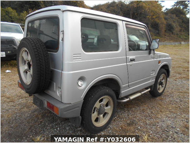 It is a picture of the silver suzuki jimny in 1996,Sub Photo 2 Stock No.Y032606