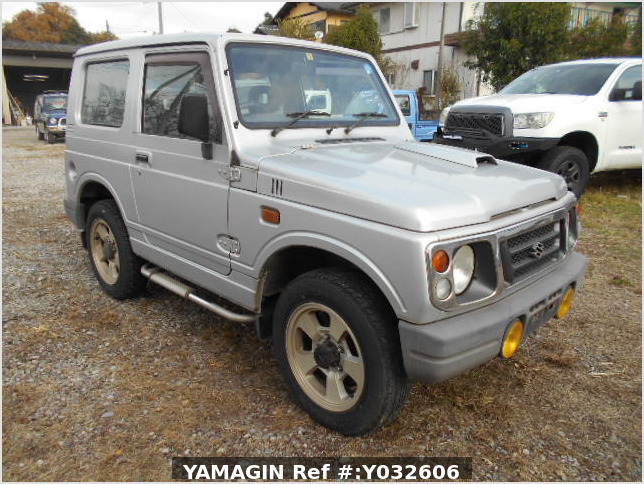 It is a picture of the silver suzuki jimny in 1996,Sub Photo 0 Stock No.Y032606
