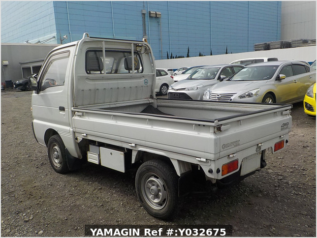 It is a picture of the white suzuki carry truck in 1992,Sub Photo 9 Stock No.Y032675