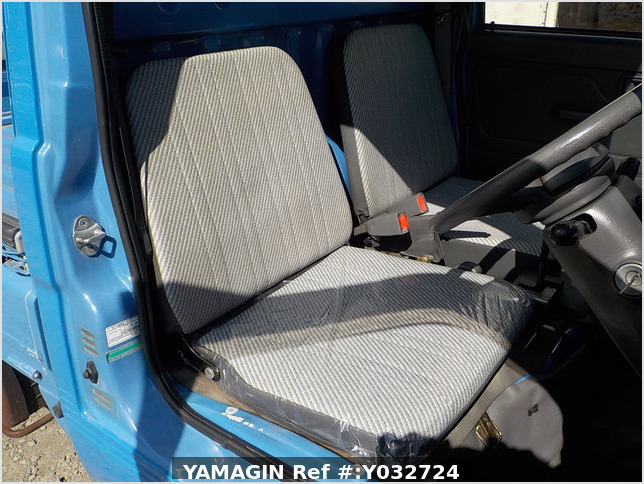 It is a picture of the blue daihatsu hijet truck in 1996,Sub Photo 6 Stock No.Y032724