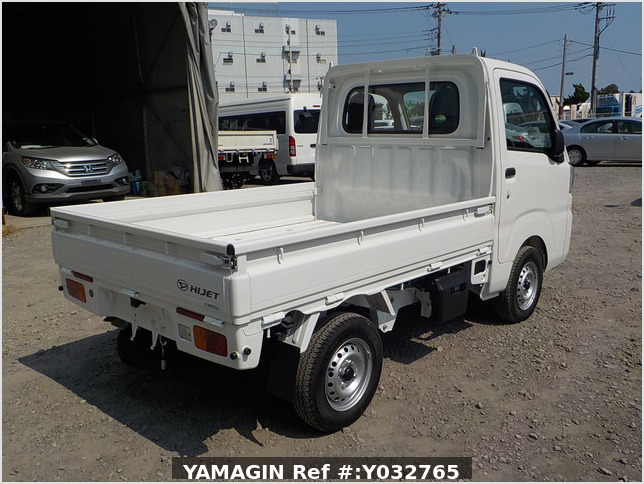 It is a picture of the white daihatsu hijet truck in 2019,Sub Photo 2 Stock No.Y032765