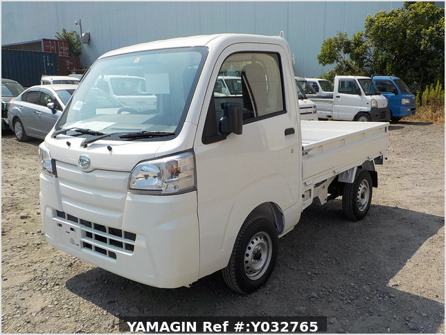 It is a picture of the white daihatsu hijet truck in 2019,Sub Photo 1 Stock No.Y032765