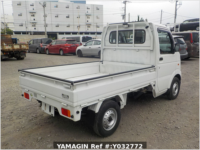 It is a picture of the white suzuki carry truck in 2010,Sub Photo 3 Stock No.Y032772