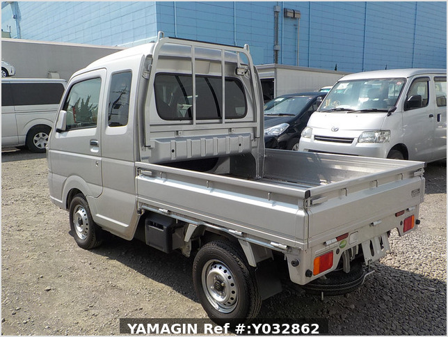 It is a picture of the silver suzuki carry jumbo in 2019,Sub Photo 3 Stock No.Y032862