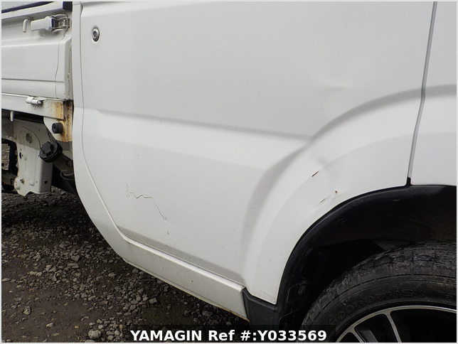 It is a picture of the white suzuki carry dump in 2010,Sub Photo 25 Stock No.Y033569