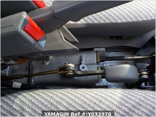 It is a picture of the white daihatsu hijet jumbo in 1997,Sub Photo 10 Stock No.Y033976