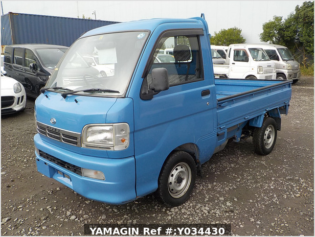 It is a picture of the blue daihatsu hijet truck in 2004,Sub Photo 1 Stock No.Y034430