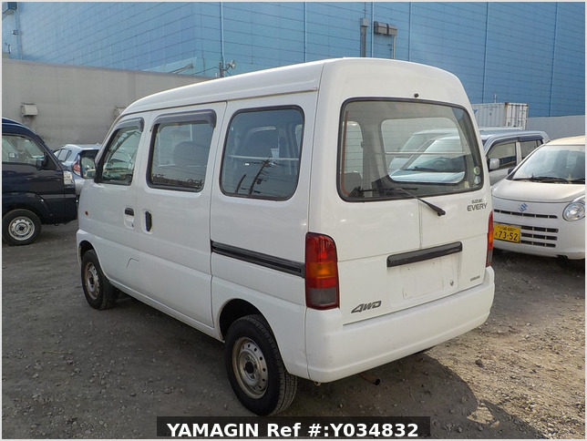It is a picture of the white suzuki every passenger van in 2005,Sub Photo 3 Stock No.Y034832
