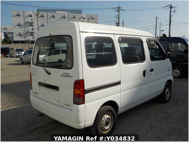 It is a picture of the white suzuki every passenger van in 2005,Sub Photo 2 Stock No.Y034832