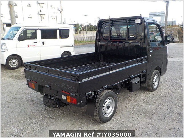 It is a picture of the black daihatsu hijet  truck in 2020,Sub Photo 2 Stock No.Y035000